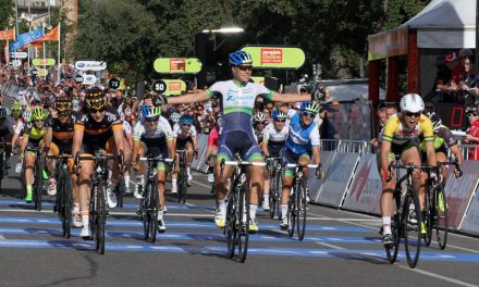 Photo finish decides Stage 2 winner of the Santos Women's Tour